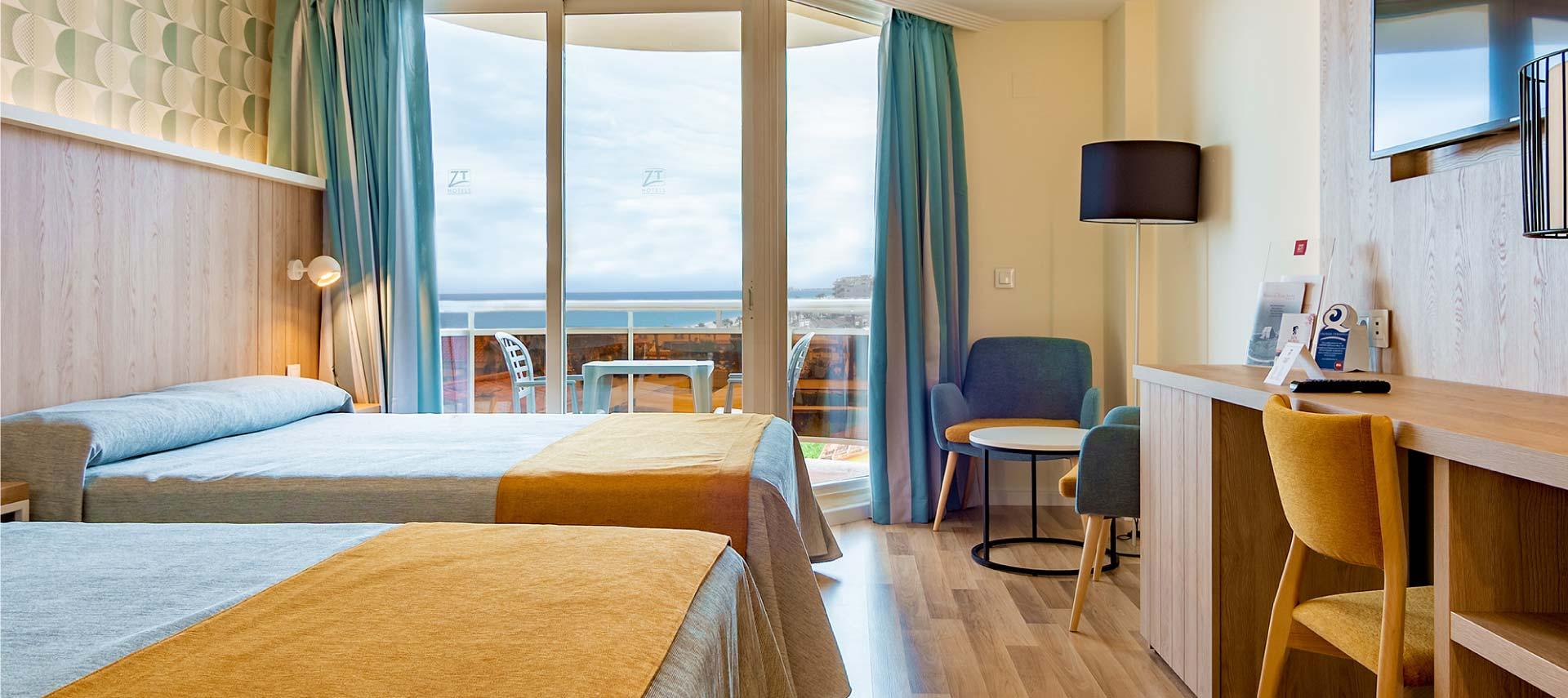 Habitación de ZT Hotel & Spa Peñíscola Plaza Suites